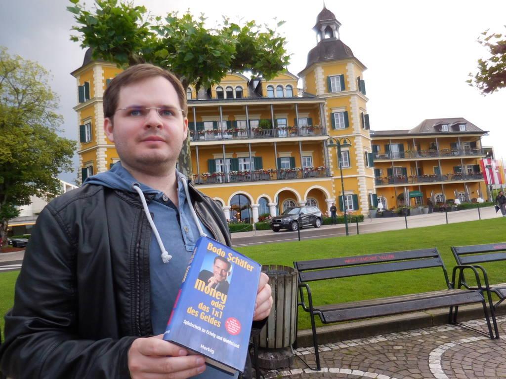 Velden, das Schloss und mein erstes spannendes Buch über Finanzen.